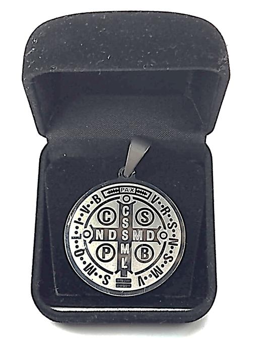 Medalha pingente de São Bento em aço cirúrgico inoxidável Antialérgico